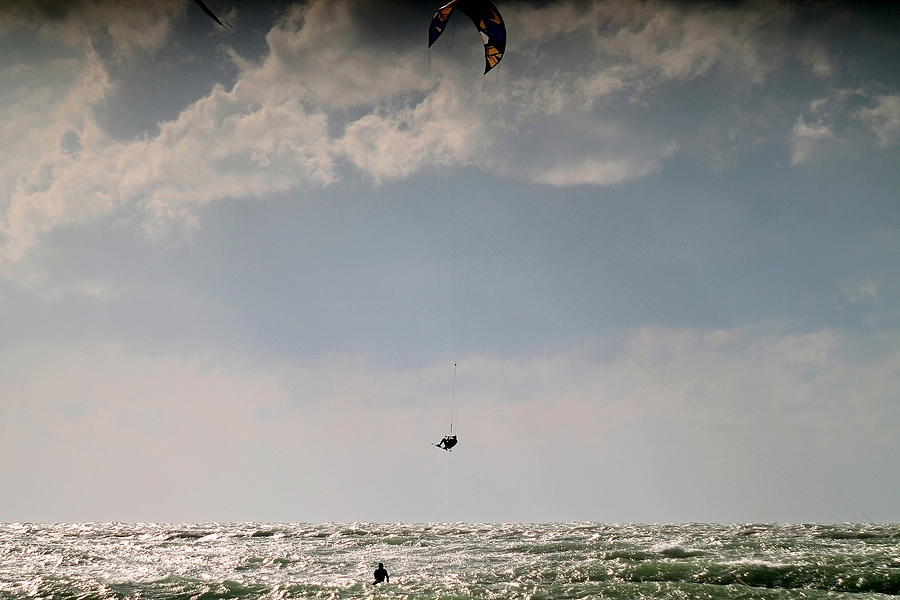 Kite Surfing | LENS MODEL NOT SET <br> Click image for more details, Click <b>X</b> on top right of image to close