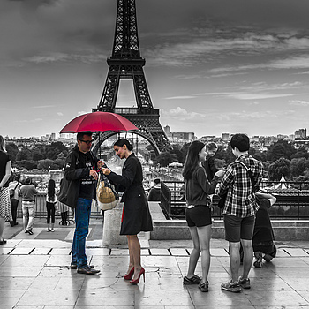 Red Umbrella after the Shoot | ZEISS ZM BIOGON F2.0 35MM
