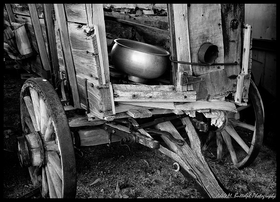 Old Wagon | ZEISS CY VARIO-SONNAR 35-70MM F3.4 <br> Click image for more details, Click <b>X</b> on top right of image to close