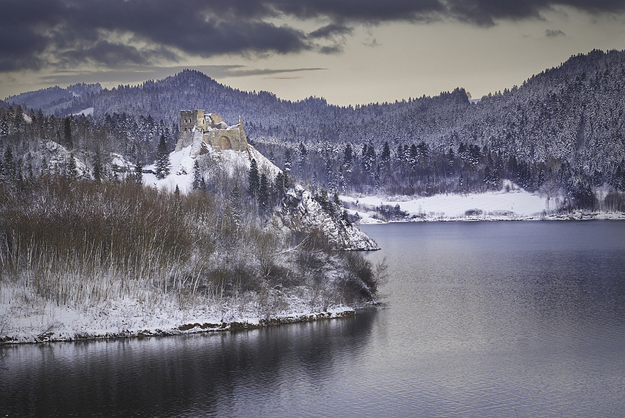 Castle in Czorsztyn ... | LENS MODEL NOT SET <br> Click image for more details, Click <b>X</b> on top right of image to close