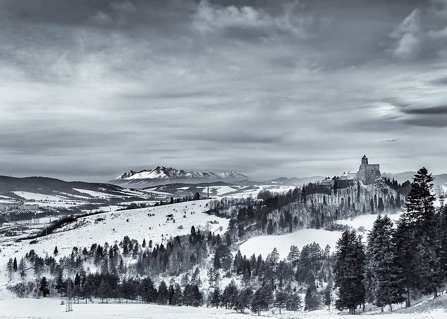 Stara Lubovnia Castle 2 ... | ZEISS DISTAGON F2.8 21MM <br> Click image for more details, Click <b>X</b> on top right of image to close