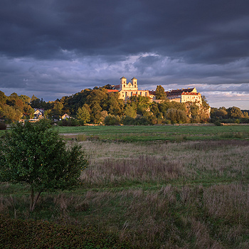 Monastery in Tyniec, Krakow, color | ZEISS DISTAGON F2.8 21MM