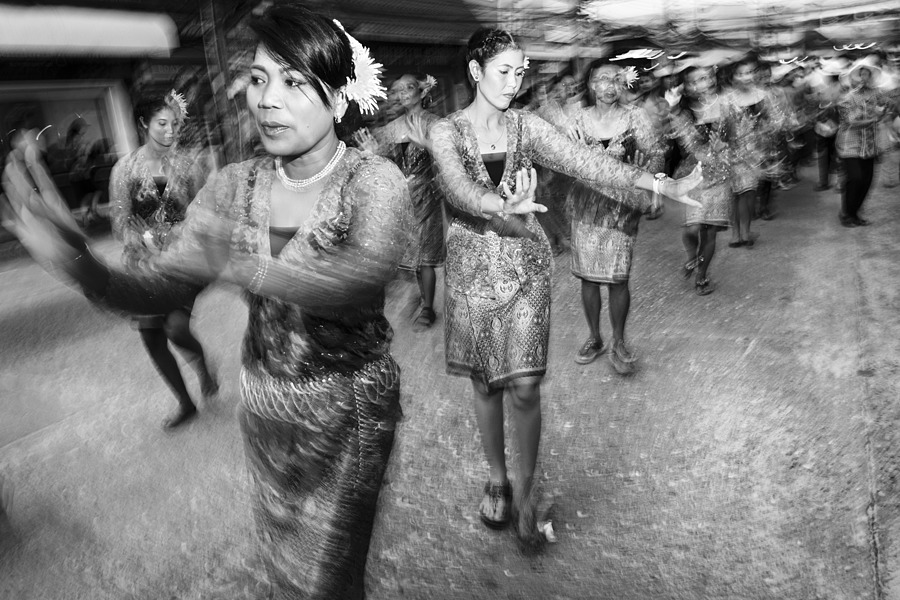 Procession of dancers | LENS MODEL NOT SET <br> Click image for more details, Click <b>X</b> on top right of image to close