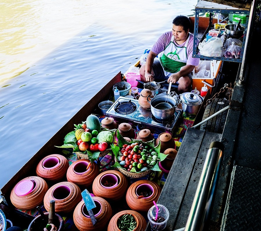 Floating Market_ Bangkok | ZEISS VARIO-TESSAR 16-70MM F4 ZOOM <br> Click image for more details, Click <b>X</b> on top right of image to close