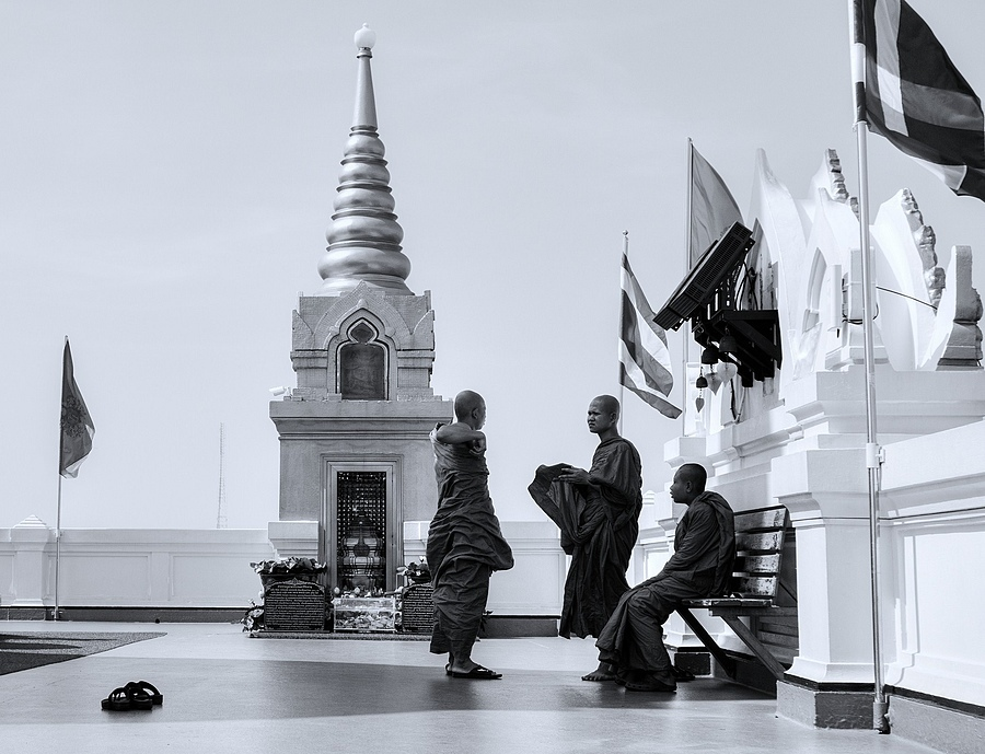 Three monks | ZEISS VARIO-TESSAR 16-70MM F4 ZOOM <br> Click image for more details, Click <b>X</b> on top right of image to close