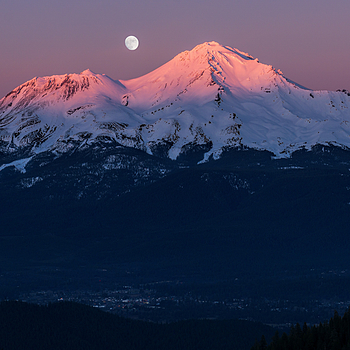 Mt. Shasta Rise & Set | LENS MODEL NOT SET <br> Click image for more details, Click <b>X</b> on top right of image to close