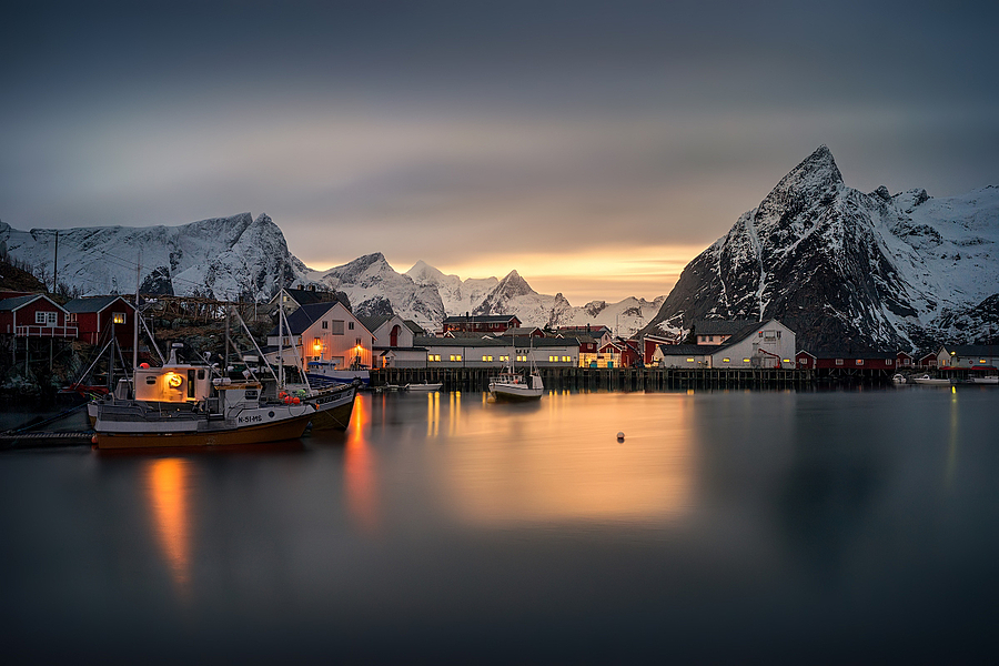 Hamnoy | ZEISS VARIO-TESSAR T* FE 16-35MM F4 ZA OSS <br> Click image for more details, Click <b>X</b> on top right of image to close