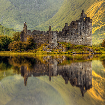 Photo: Kilchurn Caslte