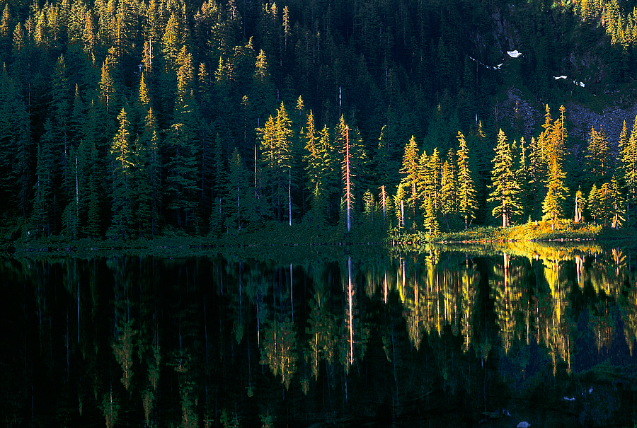 Lake Thompson, Washington Cascades. | LENS MODEL NOT SET <br> Click image for more details, Click <b>X</b> on top right of image to close