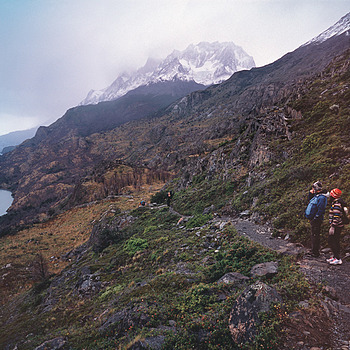 Hikers on Lago Grey Trail. Patagonia, Chile. | ZEISS G PLANAR 45MM F2