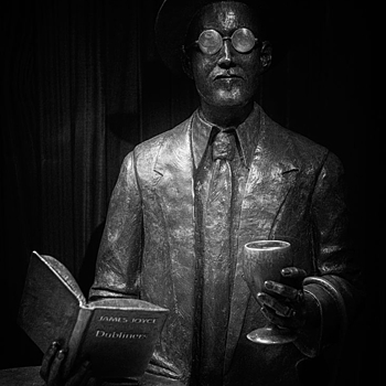 James Joyce | LENS MODEL NOT SET