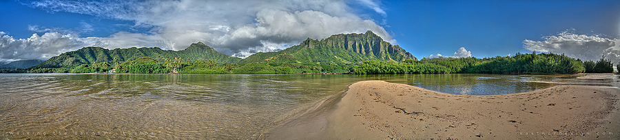 walking the sandbar, kualoa | ZEISS ZM BIOGON F2.8 28MM <br> Click image for more details, Click <b>X</b> on top right of image to close