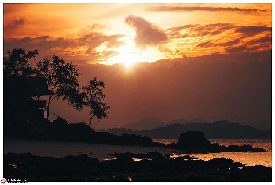 Sunrise Koh Yum | ZEISS APO SONNAR F2 135MM <br> Click image for more details, Click <b>X</b> on top right of image to close