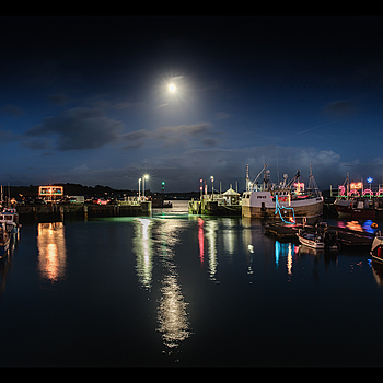 Padstow Harbour lights | LENS MODEL NOT SET
