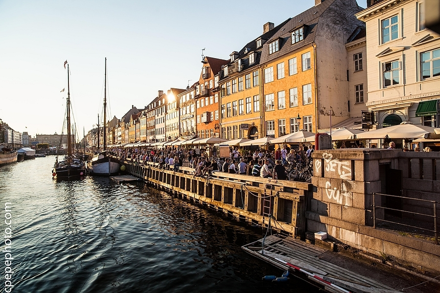 Nyhavn | ZEISS DISTAGON F2.8 21MM <br> Click image for more details, Click <b>X</b> on top right of image to close