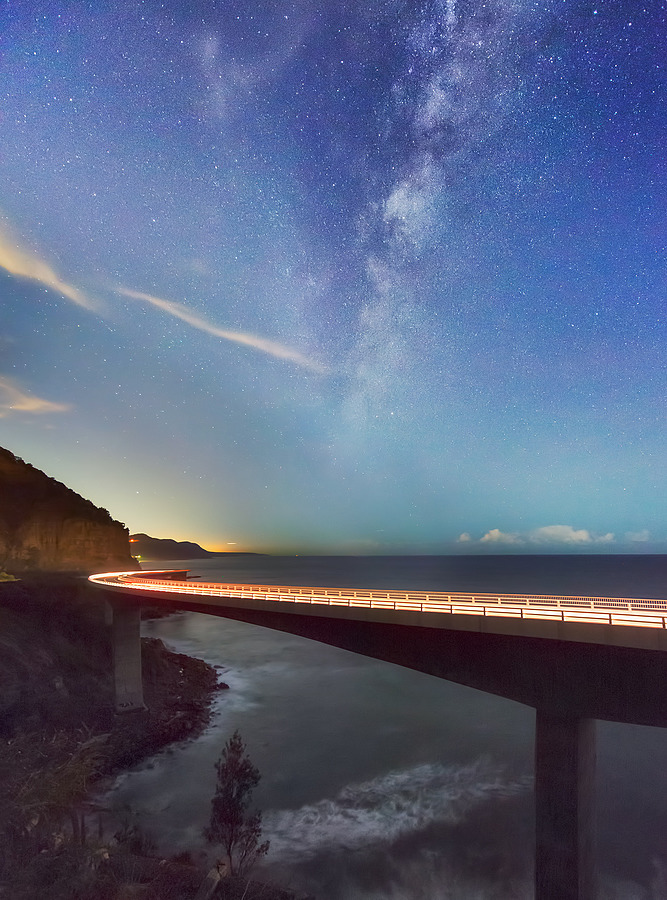 Star over the bridge | LENS MODEL NOT SET <br> Click image for more details, Click <b>X</b> on top right of image to close