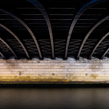 Under the bridge | ZEISS ZA VARIO-SONNAR F2.8 24–70MM <br> Click image for more details, Click <b>X</b> on top right of image to close