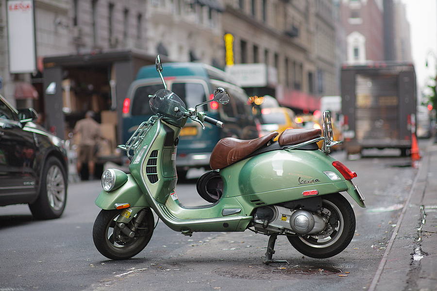 Vespa | ZEISS PLANAR F1.4 85MM <br> Click image for more details, Click <b>X</b> on top right of image to close