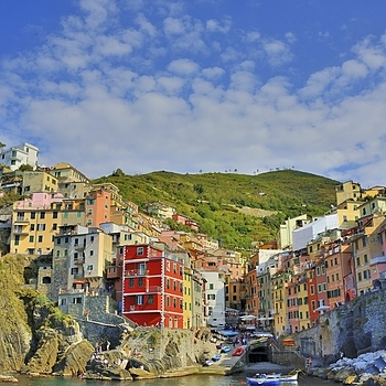 Riomaggiore, Cinque Terre, Italy. | ZEISS DISTAGON F2 28MM <br> Click image for more details, Click <b>X</b> on top right of image to close