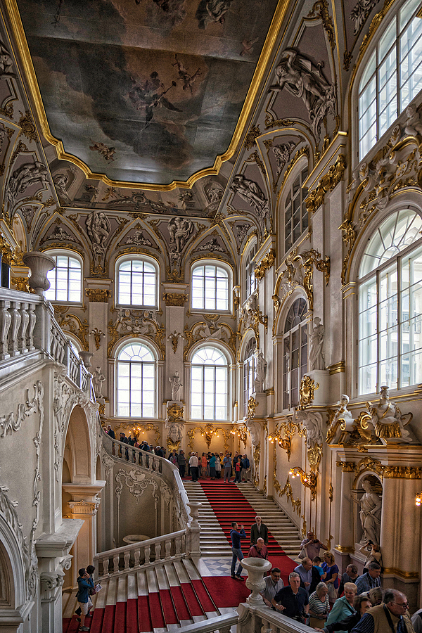 Hermitage Museum | ZEISS VARIO-TESSAR T* FE 16-35MM F4 ZA OSS <br> Click image for more details, Click <b>X</b> on top right of image to close