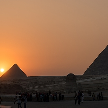 Pyramids Sunshine | ZEISS ZA VARIO-SONNAR F2.8 24–70MM <br> Click image for more details, Click <b>X</b> on top right of image to close