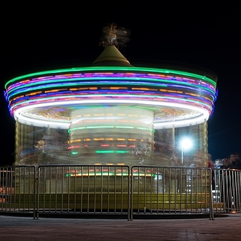 Carousel 1 | ZEISS ZA VARIO-SONNAR F2.8 24–70MM <br> Click image for more details, Click <b>X</b> on top right of image to close