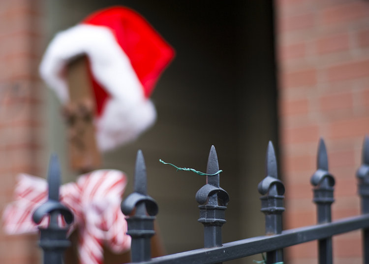 Santa left his hat | ZEISS PLANAR F1.4 85MM <br> Click image for more details, Click <b>X</b> on top right of image to close
