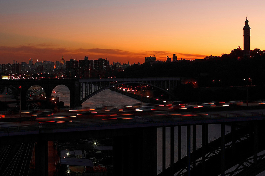 Sunset in the Bronx | LENS MODEL NOT SET <br> Click image for more details, Click <b>X</b> on top right of image to close