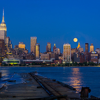 Blue Moon over NYC | LENS MODEL NOT SET