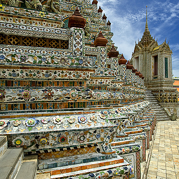 Wat Arun Bangkok 2 | ZEISS DISTAGON F3.5 18MM <br> Click image for more details, Click <b>X</b> on top right of image to close