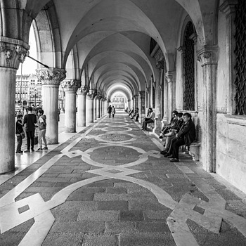 St. Marco B/W 1 | ZEISS DISTAGON F2.8 21MM <br> Click image for more details, Click <b>X</b> on top right of image to close