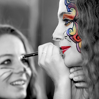 Face Painting | ZEISS APO SONNAR F2 135MM