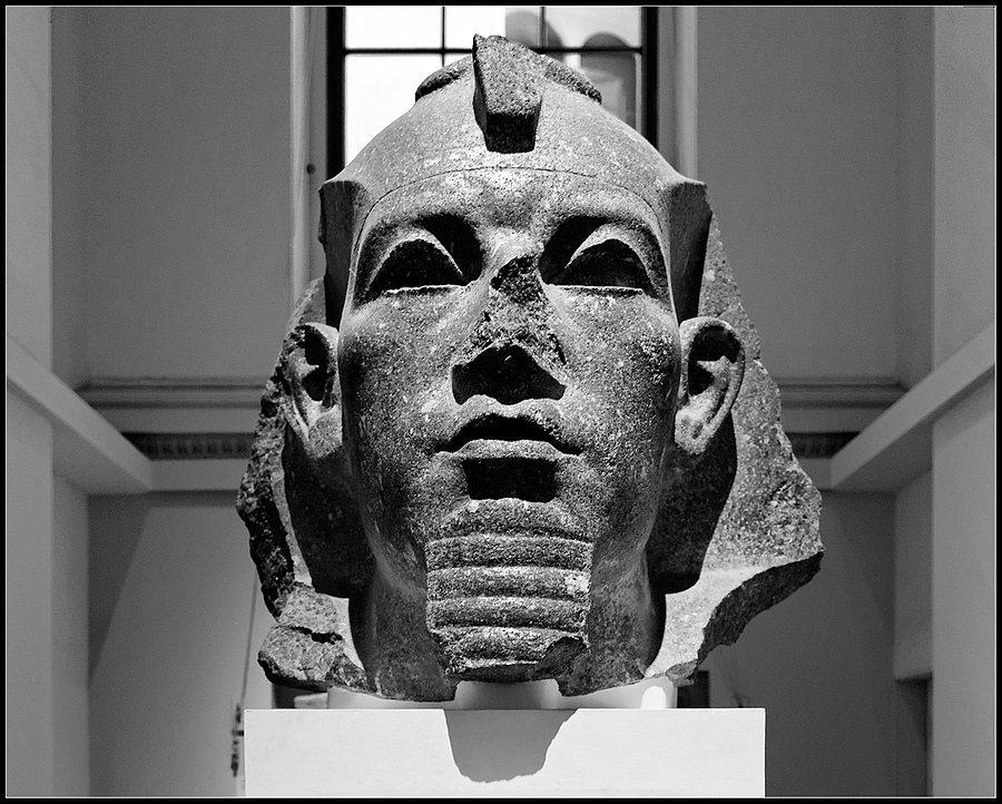 King Amenemhat III | ZEISS DISTAGON F2.8 21MM <br> Click image for more details, Click <b>X</b> on top right of image to close
