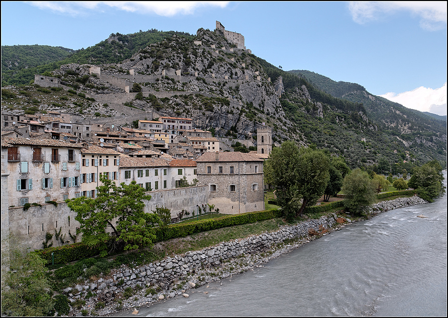 Entrevaux, Alpes-Maritime | LENS MODEL NOT SET <br> Click image for more details, Click <b>X</b> on top right of image to close