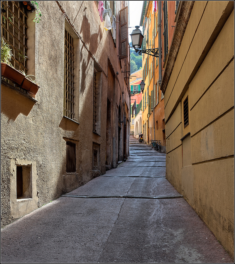 Vieux Nice, Cote d'Azur | LENS MODEL NOT SET <br> Click image for more details, Click <b>X</b> on top right of image to close