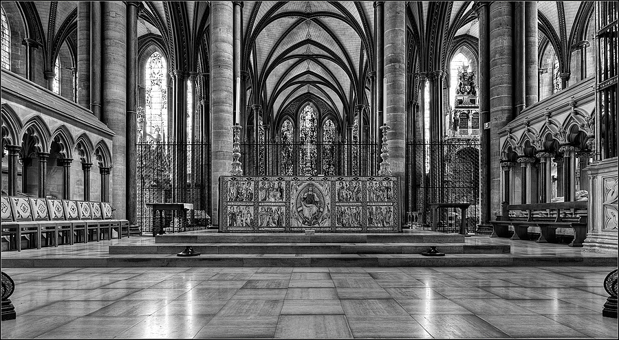 High Altar, Salisbury Cathedral, Wiltshire, England | ZEISS DISTAGON F2.8 21MM <br> Click image for more details, Click <b>X</b> on top right of image to close