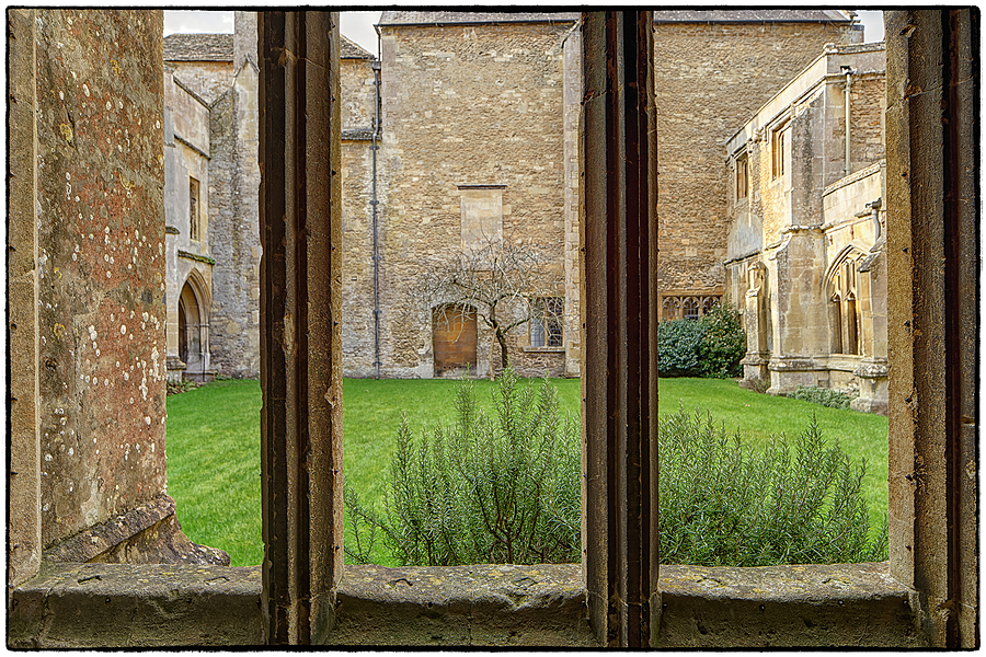 Bath Stone, The Builders Choice | LENS MODEL NOT SET <br> Click image for more details, Click <b>X</b> on top right of image to close