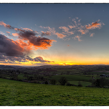 Along the Valley Towards Bath | ZEISS DISTAGON F2.8 21MM