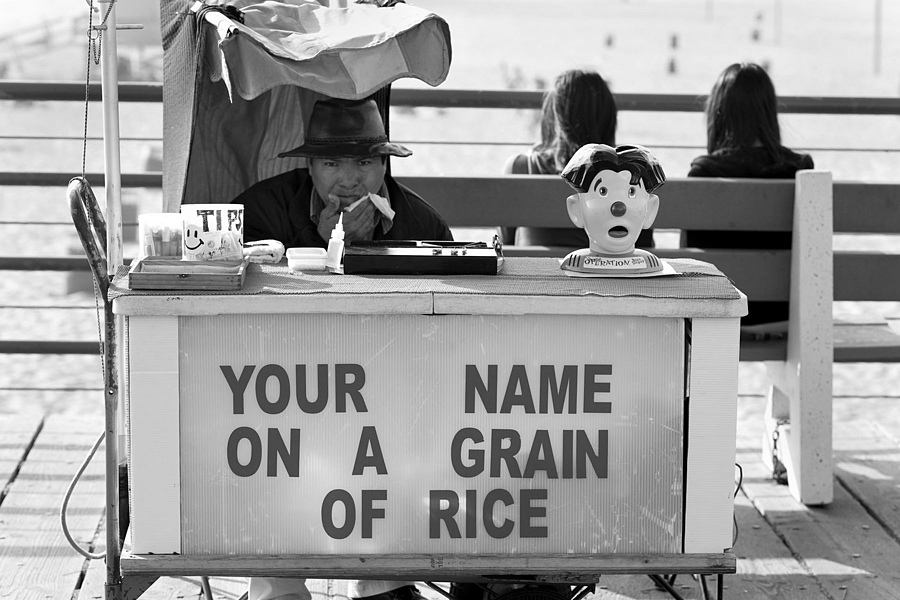 Grain of Rice - Santa Monica, CA | ZEISS MAKRO PLANAR F2.0 100MM <br> Click image for more details, Click <b>X</b> on top right of image to close