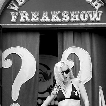 Freakshow - Venice, CA | ZEISS MAKRO PLANAR F2.0 100MM <br> Click image for more details, Click <b>X</b> on top right of image to close