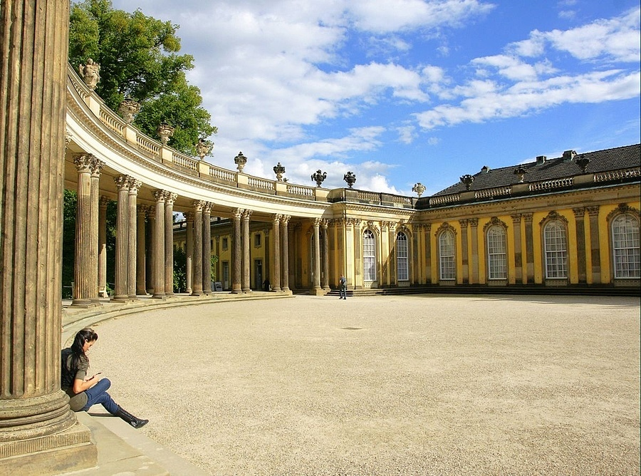 Sanssouci, Potsdam | ZEISS ZA VARIO-SONNAR DT F3.5-F4.5 16-80MM <br> Click image for more details, Click <b>X</b> on top right of image to close