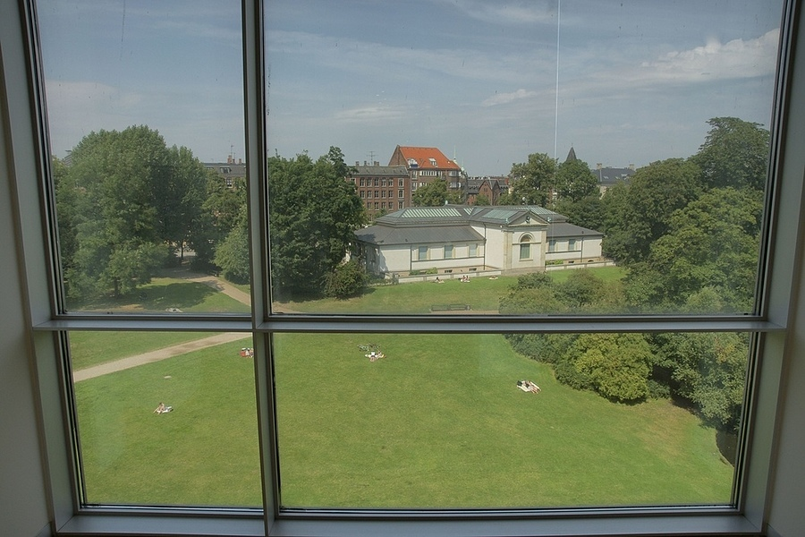 View from a window of the Statens Museum for Kunst, Copenhagen. | ZEISS ZA VARIO-SONNAR DT F3.5-F4.5 16-80MM <br> Click image for more details, Click <b>X</b> on top right of image to close