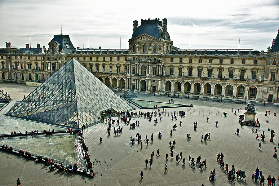 The Piramide as seen from the second floor of the Louvre | ZEISS ZA VARIO-SONNAR DT F3.5-F4.5 16-80MM <br> Click image for more details, Click <b>X</b> on top right of image to close
