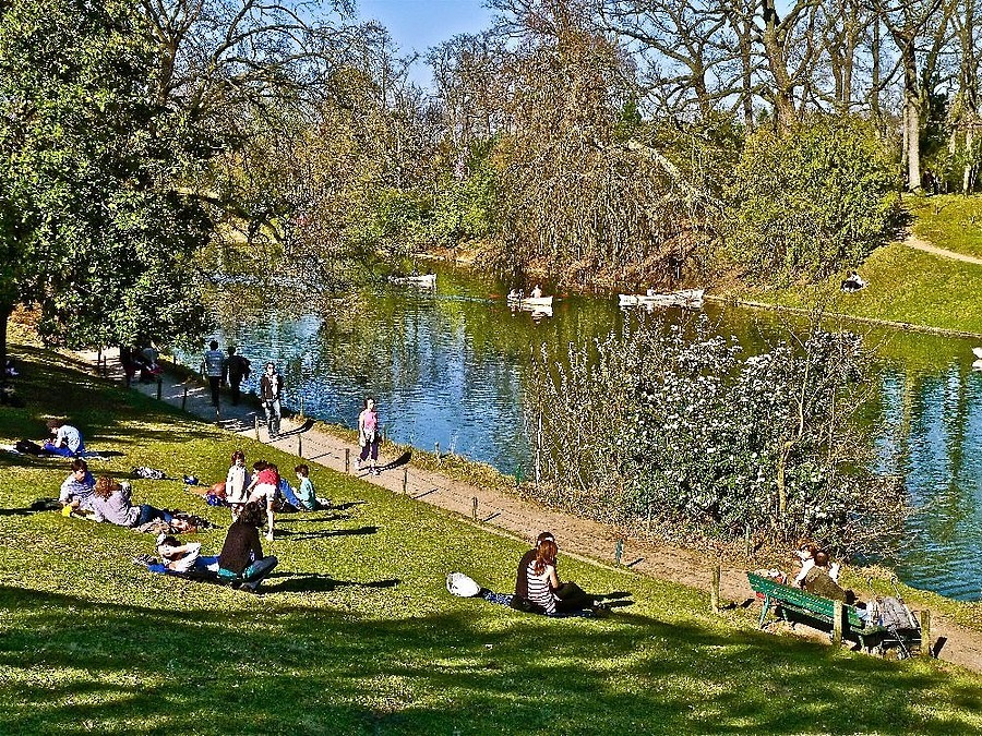 16/3/2014: Sunday afternoon in the Bois de Boulogne, Paris | ZEISS ZA VARIO-SONNAR DT F3.5-F4.5 16-80MM <br> Click image for more details, Click <b>X</b> on top right of image to close