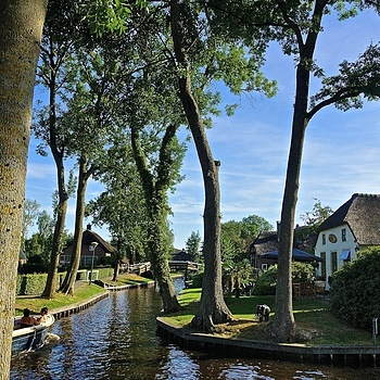 Giethoorn | SONY DT 16-50MM F2.8 SSM (SAL1650) <br> Click image for more details, Click <b>X</b> on top right of image to close