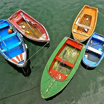 Composition with rowing boats, Bermeo | LENS MODEL NOT SET