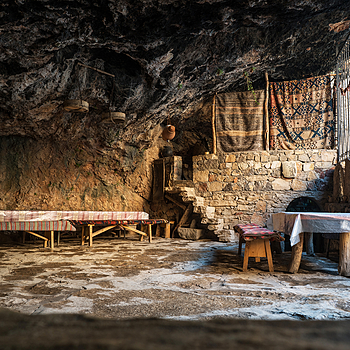 Restaurant in a natural cave | ZEISS 25MM F2 DISTAGON
