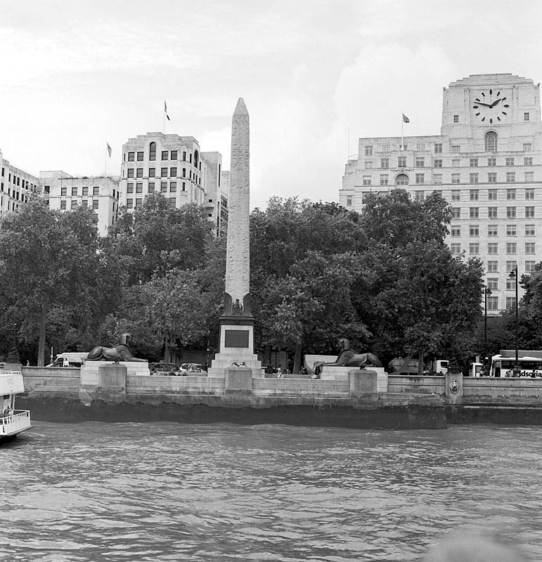 Cleopatra's Needle. | ZEISS CFI SONNAR F4 180MM <br> Click image for more details, Click <b>X</b> on top right of image to close