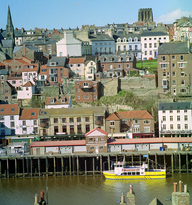 The Yellow Boat, Whitby. | ZEISS CFI SONNAR F4 180MM <br> Click image for more details, Click <b>X</b> on top right of image to close