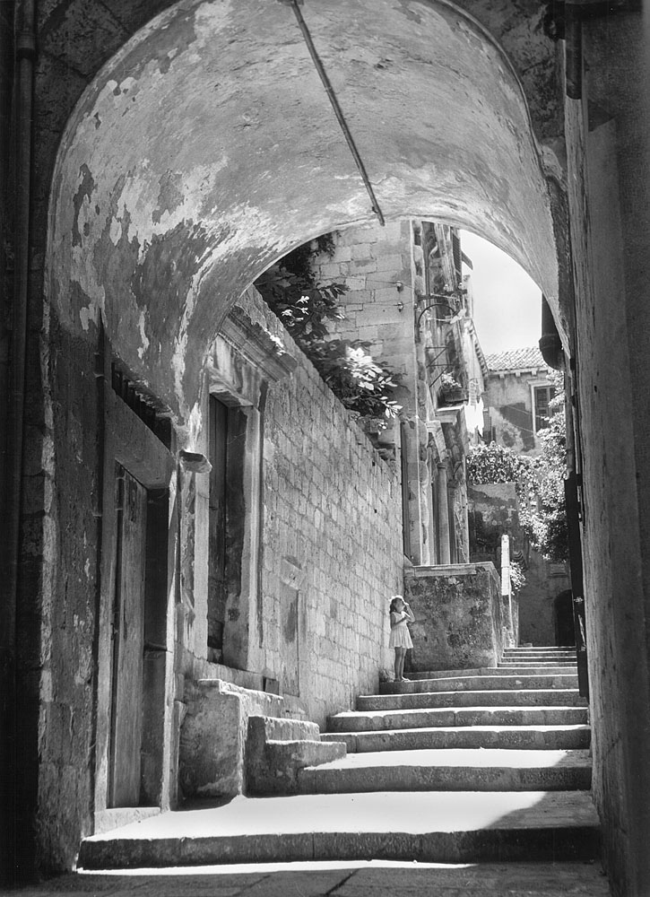Steps in Dubrovnik | LENS MODEL NOT SET <br> Click image for more details, Click <b>X</b> on top right of image to close